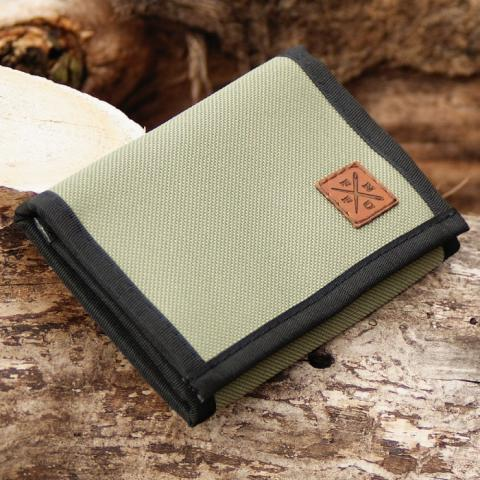 Nuff Wear Classic Collection wallet - olive